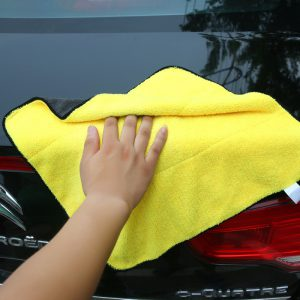 car-polishing-microfiber-towel-2