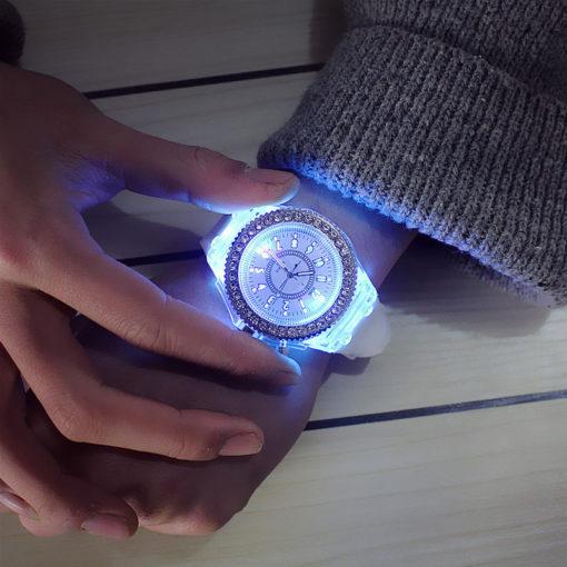 luminous-quartz-watch-3
