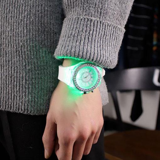 luminous-quartz-watch-4